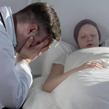 La industria del cáncer no busca una cura;están demasiado ocupados haciendo dinero