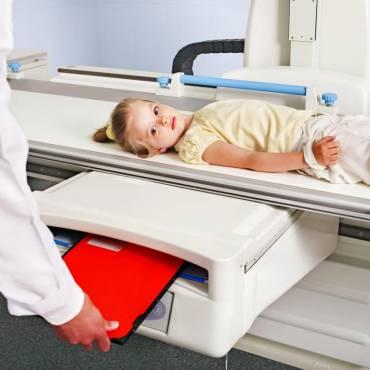 Dosis de radiación en los exámenes por rayos X y por TC/TAC