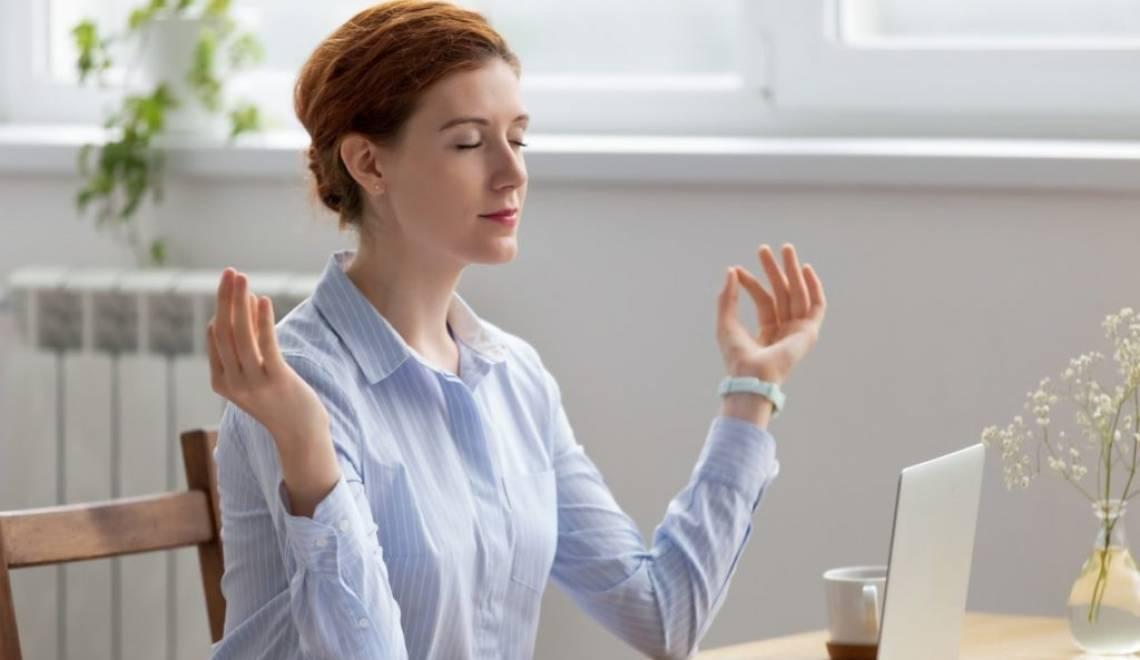 Implementar una práctica de meditación diaria (sin importar lo ocupado que esté)